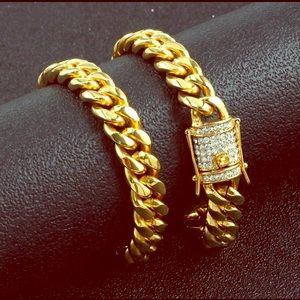 18k gold plated Miami Cuban link chains.